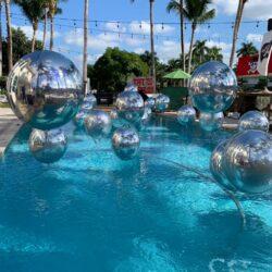 Floating Pool Orbz Jumbo 21″